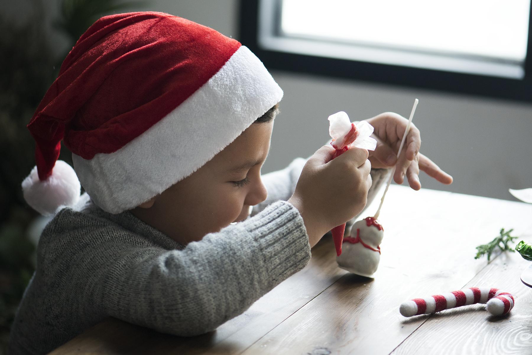 Decoración casera sencilla de hacer para el taller de Navidad de este año
