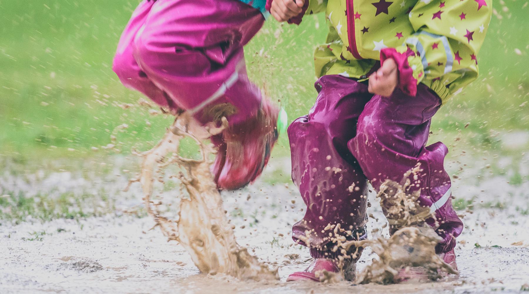 ¿Qué ropa de recambio necesitan los niños para el invierno, el verano, la primavera y el otoño?